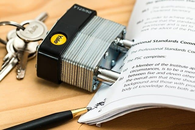 電子帳簿保存法でペーパーレス化は可能?対応による経費精算業務への効果を徹底解説!